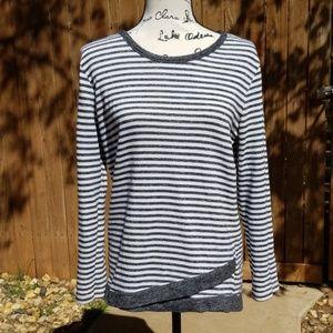 Bobbie Brooks ladies gray and white sweater Medium